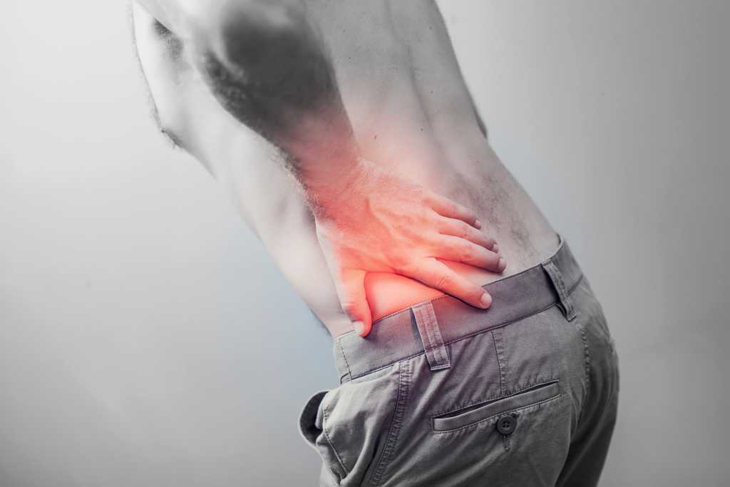 What is the difference between a chiropractor and an osteopath?